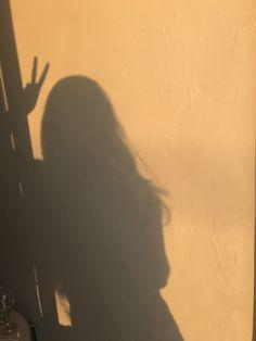 ρiทτєɾєsτ | cαмiℓsєɾɾα ☇ Bad Girl Aesthetic, Aesthetic Photo, Aesthetic Pictures, Beige Aesthetic, Shadow Photography, Girl Photography, Girl Shadow, Shadow Play, Shadow Pictures