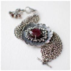 Sophia Hu& Bin Yu / 6shadows / Jewelry Metal / #accshow #accwholesale #handmade #jewelry #metal