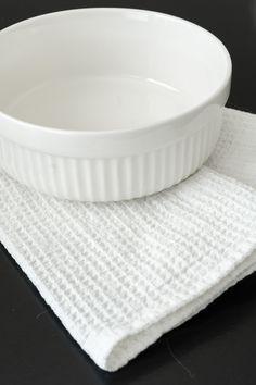 Linen towel | Hand sewed waffle hand towel  | Eco tea towel | Hand made kitchen towel | 100% Linen | Minimalist white towel | Zero waste Linen Towels, White Towels, Hand Towels, Tea Towels, Textile Products, Zen Art, Surface Pattern, Kitchen Towels, Zero Waste