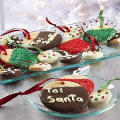 Great for Teachers, Sunday school teachers, bus drivers, postmaster, hair stylist etc! Gift Tag Cookies - The Pampered Chef® Christmas Sugar Cookie Recipe, Sugar Cookies Recipe, Cookie Recipes, Tasty Cookies, Dessert Recipes, Easy Christmas Cookies Decorating, Cookie Decorating, Decorating Ideas, Holiday Decorations