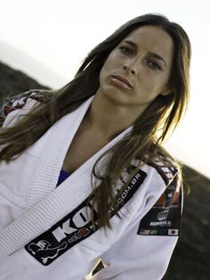 Penny Thomas, BJJ black belt (Gracie Humaita). I've trained with her before. She's amazing. Along with Leticia Ribeiro.