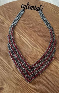 Best 12 Free pattern for necklace Tayana Diy Jewelry Necklace, Purple Necklace, Seed Bead Jewelry, Bead Jewellery, Necklace Designs, Pearl Jewelry, Handmade Necklaces, Necklace Ideas, Beaded Necklaces