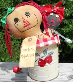 flour sifter dolls---Doesn't link but this doll is too cute!