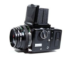 Zenza Bronica ETR by Süleyman, via Flickr