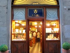 Interesting Boutiques in the Duomo area, Florence