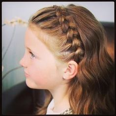 wedding hairstyles easy hairstyles hairstyles for school hairstyles diy hairstyles for round faces p Childrens Hairstyles, Cool Hairstyles For Girls, Chic Hairstyles, Hairstyles For School, Braided Hairstyles, Wedding Hairstyles, Simple Hairstyles, Communion Hairstyles, Toddler Hair