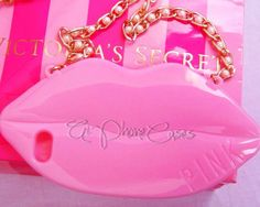 This cute case comes in the shape of lips with a gold chain strap. Fits the iPhone 4/5/5c, Samsung S3/S4/S5 and the Galaxy Note 3. In the notes section at check, write what color you want (red,black,white, baby pink, rose pink, and hot pink [color may vary by computer screen]). Allow up to 3-14 ...