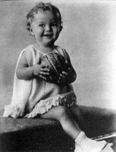 [BORN] Shirley Temple / Born: Shirley Jane Temple, April 23, 1928 in Santa Monica, California, USA #actor