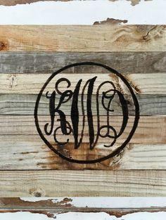 DIY Reclaimed Wood Monogram