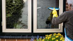 Tips voor de lenteschoonmaak: 'Grootste fout is dweilen met warm water' | NU - Het laatste nieuws het eerst op NU.nl
