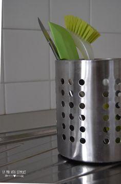 Come rimuovere il calcare da bagno e cucina senza detersivi