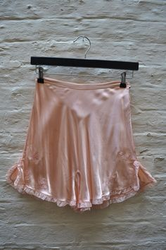 Shop for silk on Etsy, the place to express your creativity through the buying and selling of handmade and vintage goods. Satin Underwear, Vintage Underwear, Vintage Lingerie, Lingerie Set, Retro Outfits, Vintage Outfits, Vintage Fashion, Frilly Knickers, Classic Lingerie