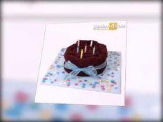 """Beim Anblick dieses schokoladigen Kuchens können es die Gäste kaum erwarten das erste Stückchen zu erhalten. Erst nach genauem Hisehen erkennt man, dass es sich hierbei um eine perfekte """"Torten-Illusion"""" handelt. Überraschen Sie das Geburtstagskind mit der wahrscheinlich originellsten Torte der Welt!"""