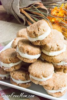 Sugar- Free Snickerdoodle Creme Cookies made gluten free grain free low carb and just as tasty as traditional! - Sugar Free Mom Sugar- Free Snickerdoodle Creme Cookies made gluten free grain free low carb and just as tasty as traditional! Desserts Keto, Keto Dessert Easy, Sugar Free Desserts, Sugar Free Recipes, Low Carb Recipes, Dessert Recipes, Cookie Recipes, Flour Recipes, Lamb Recipes