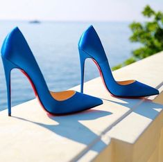 The best blue wedding shoes for brides & grand occasions. Bright blue glam to understated pale blues. Walk down the aisle in style. Blue Heels, High Heels Stilettos, Shoes Heels, Fall Wedding Shoes, Blue Wedding Heels, Christian Louboutin, Walking In High Heels, Designer Wedding Shoes, Prom Heels