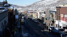Below-freezing temperatures arrive with opening night film 'An Inconvenient Sequel' and could mar the planned Women's March on Main. Park City is bracing for a slew of snow at Sundance Film Festival. The festival locale sank to below-freezing temperatures ahead of Thursday's opening-night film An Inconvenient Sequel: Truth to Power, Al Gore's climate-change follow-up to 2006's An Inconvenient Truth.
