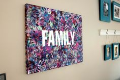The 10 best handprint crafts for kids: Friday Funday 10 family friendly handprint crafts // wall art and home decor // Ten Thousand Hour Mama 25 Fabulously Fun Family Activities To Bring You Close. Family Canvas, Family Wall Art, Family Painting, Kids Canvas, Toddler Canvas Art, Toddler Art, Crafts To Do, Crafts For Kids, Arts And Crafts