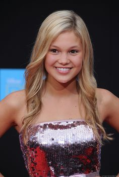 Olivia Holt. She's soooooo pretty      http://www.gettyimages.com/detail/news-photo/actress-olivia-holt-arrives-for-the-world-premiere-of-news-photo/112794434