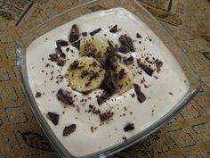 1 banán  100ml mléka  2 lžíce vanilkového proteinu