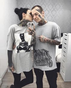 Missing my baby ❤️ He's at the this weekend! 😭Go say hi to him for me ❤️ can't live without him even for a day. My prince❤️ P. sorry I couldn't come to London Tattoo Convention this year to meet all you guys. Body Art Tattoos, Girl Tattoos, Tattoos For Guys, Monami Frost, Tattoed Girls, Inked Girls, London Tattoo, Tattoo People, Couple Tattoos
