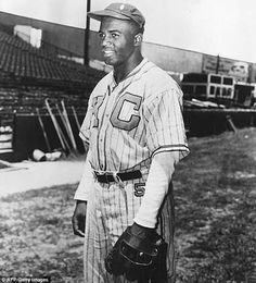 The first African-American to play Major League Baseball, who died aged 53 in 1972, wore the garment 70 years ago during his historic first season
