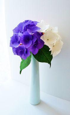 Crepe paper hydrangeas / Hortensien − handmade by Ameli's Lovely Creations