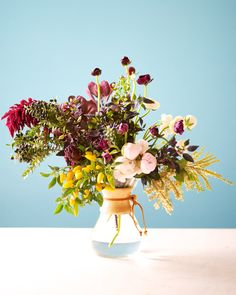 Lawn and Garden Tools Basics Sharing A Floral Arrangement Tutorial Today Sfgirlbybay Types Of Flowers, Fresh Flowers, Beautiful Flowers, Floral Wedding, Wedding Flowers, Wildflowers Wedding, Vases, Bouquet, Flower Names