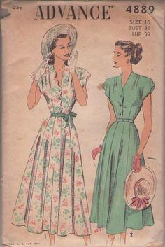 Advance 4889 - dress with scalloped blouse