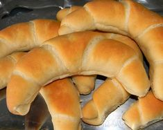 Brioche Bread, Hungarian Recipes, Hot Dog Buns, Bagel, Food And Drink, Favorite Recipes, Sweets, Baking, Healthy