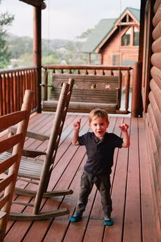 Cabin Vacation - Guide to Family Friendly Fun in Pigeon Forge, Tennessee Cheap Family Vacations, Family Vacation Destinations, Top Travel Destinations, Best Places To Travel, Vacation Spots, Travel With Kids, Us Travel, Family Travel, Bryson City North Carolina
