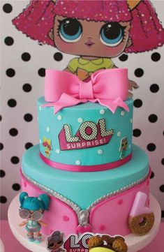 The birthday cake at this LOL Surprise Dolls Birthday Party is so pretty! Love the bow topper! See more party ideas and share yours at CatchMyParty. - Lydia's Bday Party - Doll Birthday Cake, Funny Birthday Cakes, 6th Birthday Parties, Girl Birthday, 5th Birthday Party Ideas, Lol Doll Cake, Surprise Cake, Surprise Ideas, Surprise Birthday