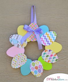 Cute DIY craft ideas for Easter that will bring spring into your home - DIY - Basteln mit Kindern - Crafts Easter door wreath, DIY craft ideas for Easter, Easter crafts, Easter craft ideas, Easter de - Easy Easter Crafts, Easter Art, Easter Crafts For Kids, Diy For Kids, Easter Bunny, Easter Ideas, Easter Eggs, Simple Crafts, Easter Activities
