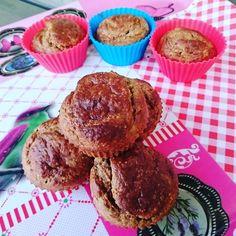 Bananencakejes!! Bananacake!    #cake#cakestagram#food#foods#foodpics#foodideas#healthylunch#healthy#healthylife#goodfood#foodpics#lunchtime#lunchen#goodchoices#foodgasm#foodie#foodporn#pcos#pcosdiet#paleo#paleoeats#eating#banana#almondflour#almonds##kaneel#cinnemon#healthylifestyles by pure.creations.of.sabrien