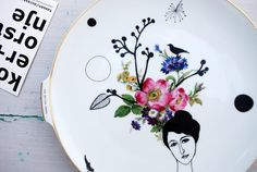 Vintage large wall plate Helene by Celinda Versluis