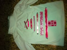 Christmas tree shirt (love pink)