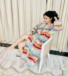 """Living life in color! Heart Evangelista Style, Filipina Actress, Instagram Pose, Color Of Life, High Fashion, Fangirl, Asian, Poses, Actresses"