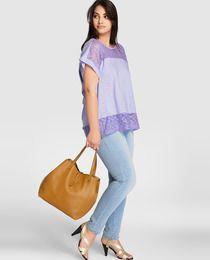 Camiseta de mujer talla grande Couchel de manga corta y crochet