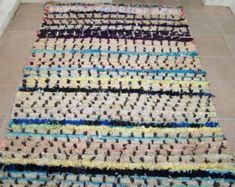 Large moroccan rag rug boucherouite ( boucharouette) (9,13 x 4,62') berber tribal rug