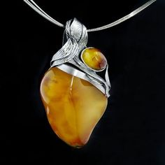 Silver Pendant with Amber Modern Jewelry, Metal Jewelry, Jewelry Art, Beaded Jewelry, Silver Jewelry, Vintage Jewelry, Handmade Jewelry, Jewelry Necklaces, Jewelry Design