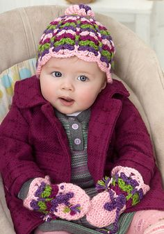 Free pattern  Ravelry: Scalloped Baby Hat and Mittens pattern by Mary Jane Protus