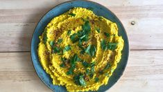 Foto: Richard Nystad Vegetarian Recipes, Cooking Recipes, Hummus Recipe, Tahini, Chipotle, Guacamole, Dips, Food And Drink, Snacks