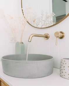(Read More) modern home decor Minimalist and modern home decor inspiration. Simple home decor ideas. Bathroom Sink Design, Laundry In Bathroom, Bathroom Interior Design, Simple Bathroom, Home Decor Styles, Home Decor Accessories, Cheap Home Decor, Bathroom Trends, Bathroom Renovations