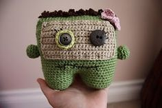 Looks like an easy Monster or Zombie crochet ♥ By A[mi]dorable