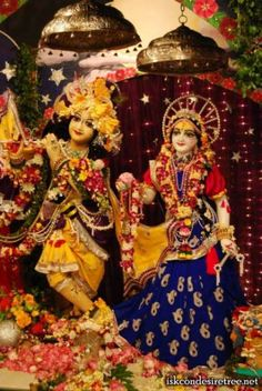 Charming Chandan Yatra Darshan with Natabara Best Dancer at ISKCON Mayapur on 13 March 2013