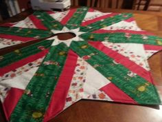 christmas quilt | Christmas Tree Skirt by renatal197459244 | Quilting Ideas