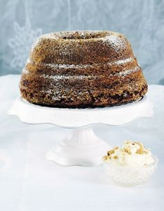 Sortavalan rouvien kahvikakku Sweet Recipes, Cake Recipes, Dessert Recipes, Desserts, Decadent Cakes, Something Sweet, Pound Cake, Christmas Baking, Coffee Cake