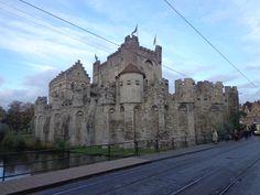 Let's go on a road trip: The Fairytale cities! Ghent & Brugge! #belgium http://mylandingrunway.com/lets-go-on-a-road-trip-the-fairytale-cities/