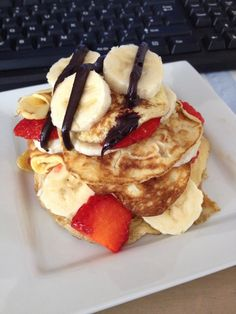 Slimming world syn free pancakes, with strawberries, banana and 1tsp Choc Shot