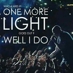 One more light- Linkin park rip Chester Bennington