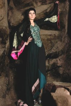 Buy Pakistani Designer Party Dresses Online – We provide the high quality Designer Party Wear Suits Online in USA, UK and Canada. Latest Pakistani Dresses, Pakistani Outfits, Designer Party Dresses, Party Dresses Online, Pakistani Designers, Party Fashion, Party Wear, Formal Dresses, Stylish